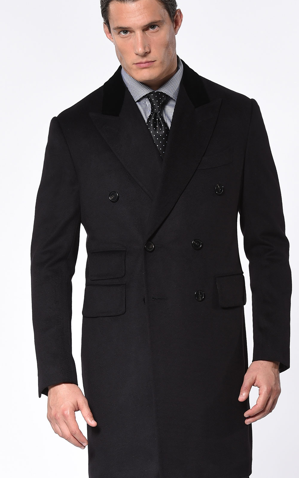 BLACK CLASSIC DOUBLE BREASTED OVERCOAT