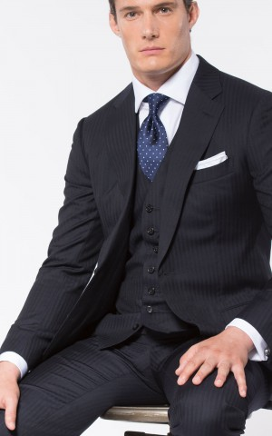 NAVY HERRINGBONE CLASSIC 2-BUTTON SUIT