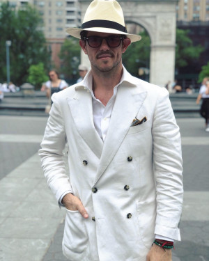 MTM Off-White Linen Suit