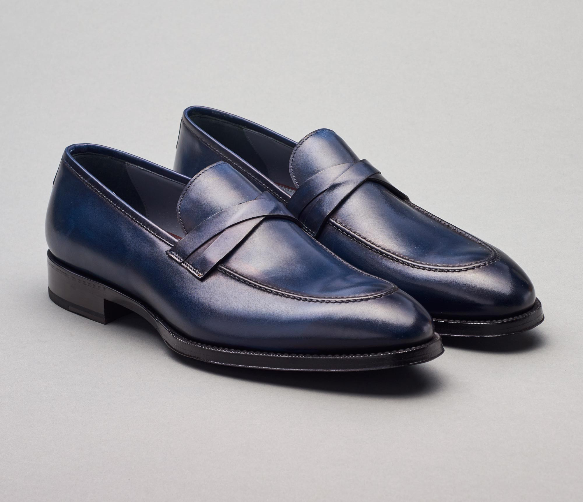 Siena Leather Loafer in Navy